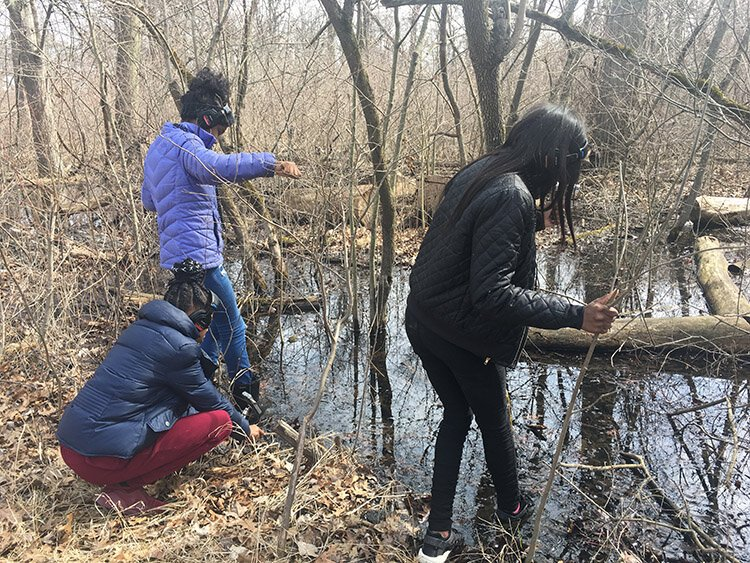 Detroit students capture field recordings for a soundscape workshop on Belle Isle.