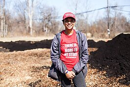 Deeply Rooted Produce founder Dazmonique Carr wants to improve Detroit residents' access to healthy produce.