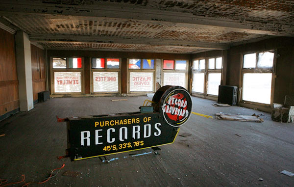 Record Graveyard Sign