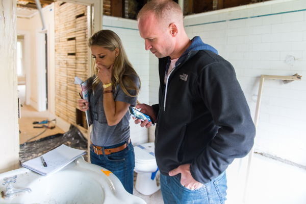 Nicole Curtis Discusses Her Detroit Project With A Local Contractor