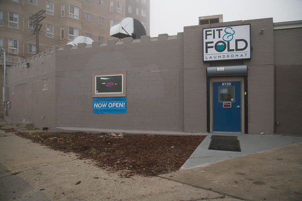 "CDC's ""Fit and Fold"" laundromat"