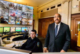 Chief Holt in WSU's public safety command center