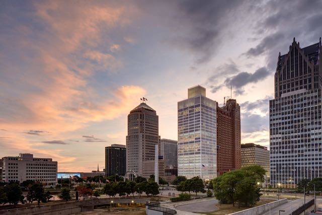 Detroit skyline featuring One Woodward Avenue