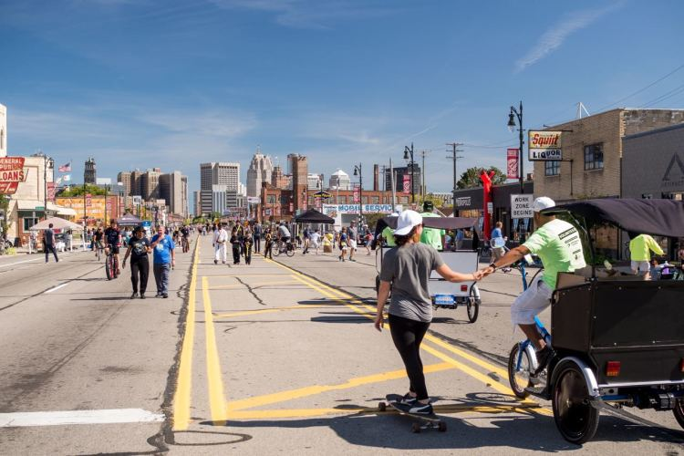 Michigan Avenue bustling during Detroit Open Streets