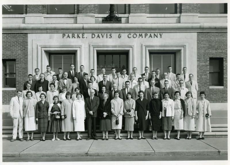 West Virginia University College of Pharmacy Guests at Parke-Davis Home Laboratories in Detroit (1959)