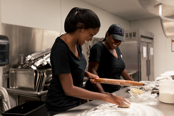 Starlett Simmons (right) of Five Star Cake Co. with her daughter, Kai Taalib