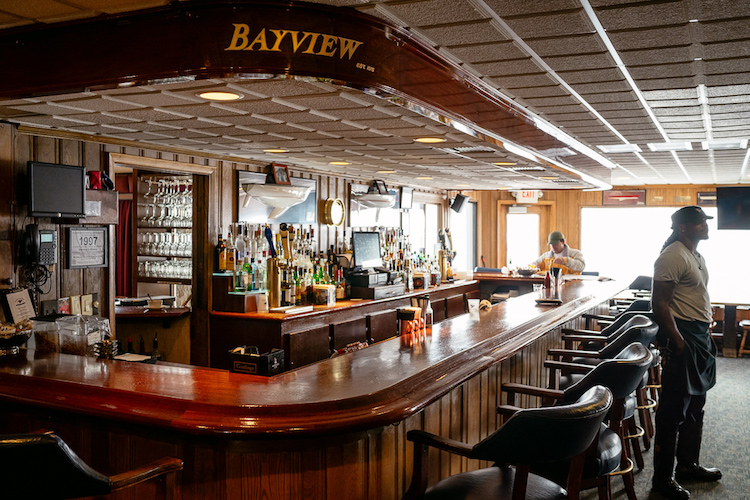 Bar at the Bayview Yacht Club
